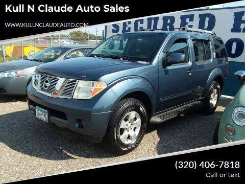 2006 Nissan Pathfinder for sale at Kull N Claude Auto Sales in Saint Cloud MN