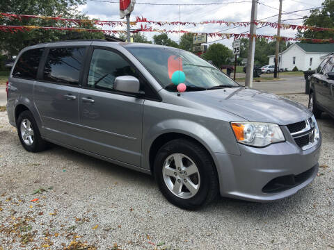 2013 Dodge Grand Caravan for sale at Antique Motors in Plymouth IN