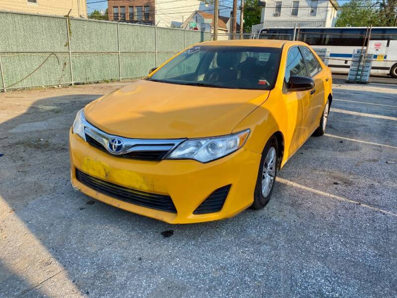 2014 Toyota Camry Hybrid for sale at CarNYC.com in Staten Island NY