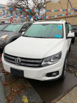 2013 Volkswagen Tiguan for sale at GARET MOTORS in Maspeth NY