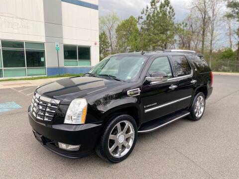 2009 Cadillac Escalade Hybrid for sale at Super Bee Auto in Chantilly VA