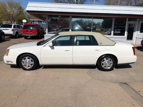 2005 Cadillac DeVille for sale at Midtown Motors in North Platte NE