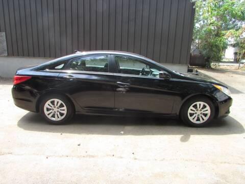 2011 Hyundai Sonata for sale at Nutmeg Auto Wholesalers Inc in East Hartford CT