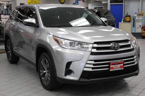 2019 Toyota Highlander for sale at Windy City Motors in Chicago IL