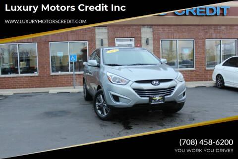 2015 Hyundai Tucson for sale at Luxury Motors Credit Inc in Bridgeview IL