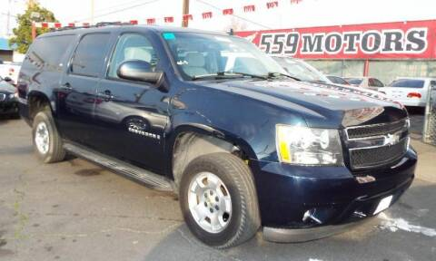 2007 Chevrolet Suburban for sale at 559 Motors in Fresno CA