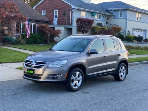 2010 Volkswagen Tiguan for sale at Reis Motors LLC in Lawrence NY