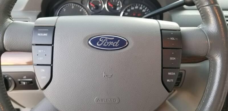 2004 Ford Freestar Limited 4dr Mini-Van - Hampshire IL