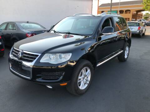 2009 Volkswagen Touareg 2 for sale at Shoppe Auto Plus in Westminster CA