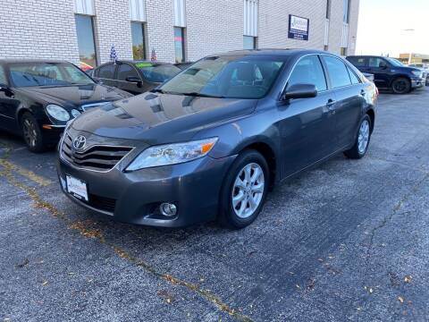 2010 Toyota Camry for sale at AUTOSAVIN in Elmhurst IL