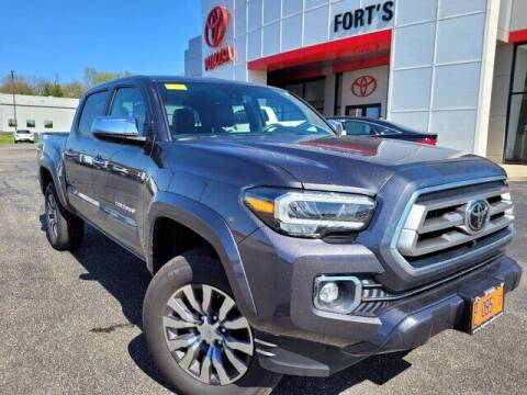 2020 Toyota Tacoma for sale at Auto Smart of Pekin in Pekin IL