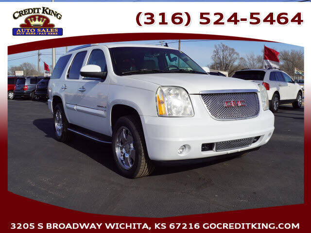 2007 GMC Yukon for sale at Credit King Auto Sales in Wichita KS