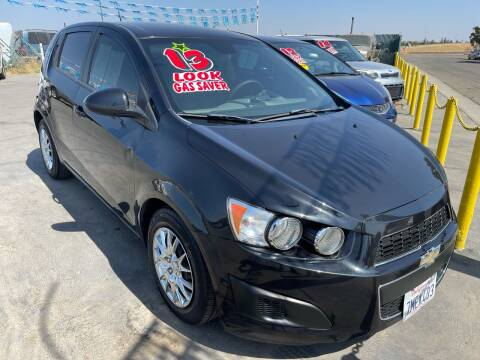 2013 Chevrolet Sonic for sale at LIVINGSTON AUTO SALES in Livingston CA