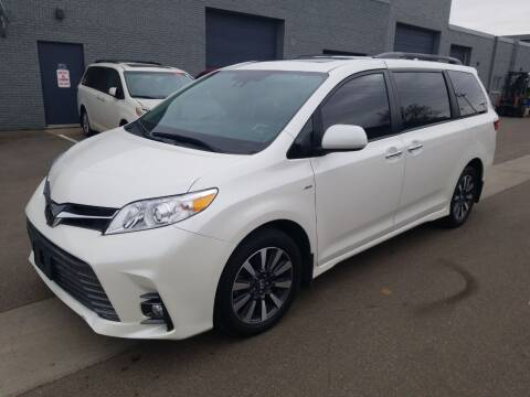 2019 Toyota Sienna for sale at The Car Buying Center in Saint Louis Park MN