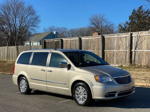 2012 Chrysler Town and Country for sale at Superior Wholesalers Inc. in Fredericksburg VA