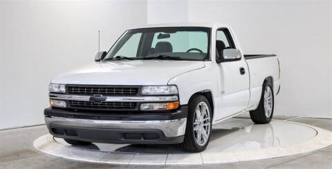 2000 Chevrolet Silverado 1500 for sale at Mershon's World Of Cars Inc in Springfield OH