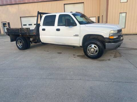 2002 Chevrolet Silverado 3500 for sale at Walker Motors in Muncie IN
