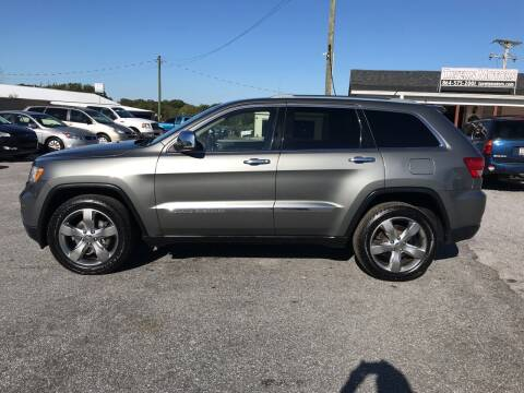 2011 Jeep Grand Cherokee for sale at TAVERN MOTORS in Laurens SC