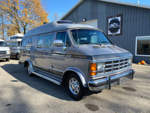 1989 Dodge B250 Xplorer Xtravan 190 for sale at D & L Auto Sales in Wayland MI