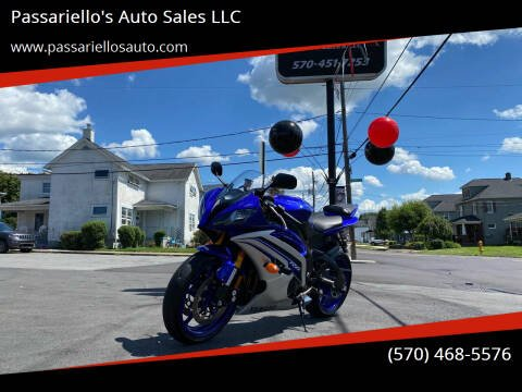 2016 Yamaha YZF-R6 for sale at Passariello's Auto Sales LLC in Old Forge PA