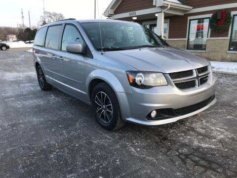 2017 Dodge Grand Caravan for sale at Auto Outlets USA in Rockford IL