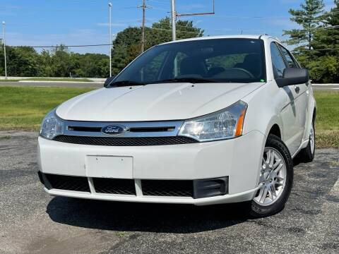 2009 Ford Focus for sale at MAGIC AUTO SALES in Little Ferry NJ