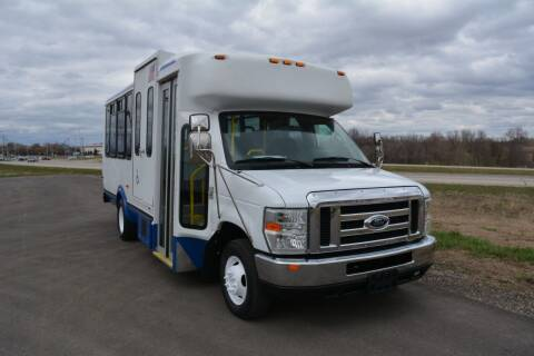 2009 Ford E-450 for sale at Signature Truck Center in Lake Village IN
