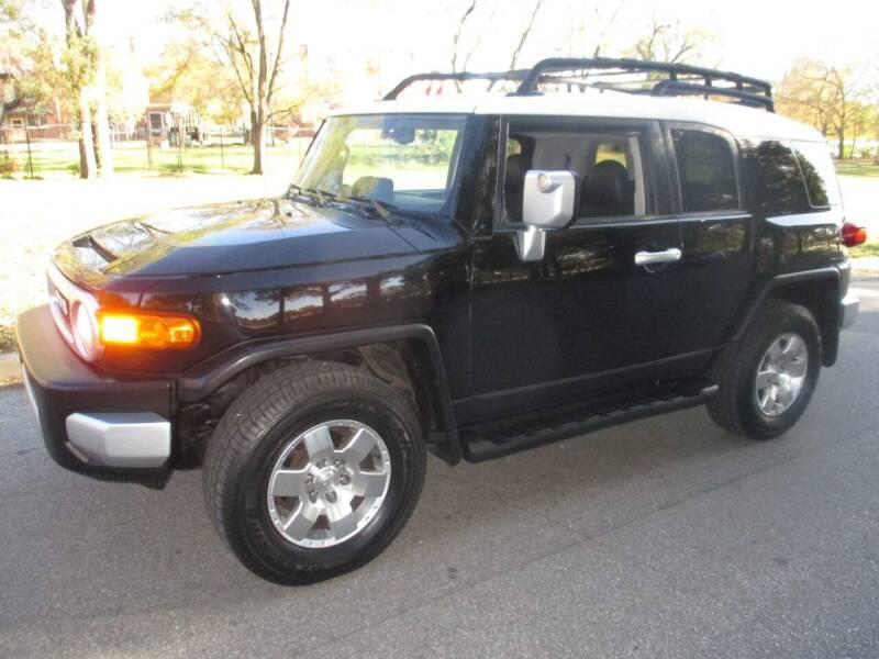 2009 Toyota FJ Cruiser for sale at RENNSPORT Kansas City in Kansas City MO