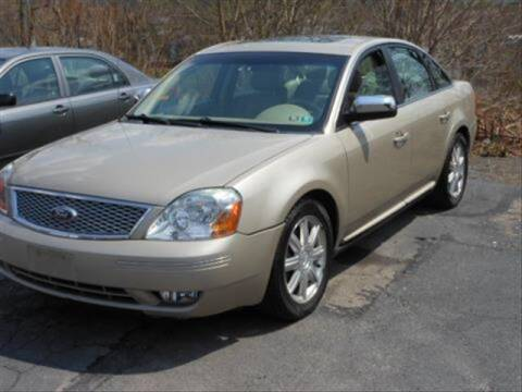 2006 Ford Five Hundred for sale at CASTLE AUTO AUCTION INC. in Scranton PA