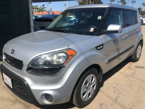2013 Kia Soul for sale at Auto Max of Ventura in Ventura CA