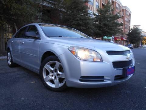 2009 Chevrolet Malibu for sale at H & R Auto in Arlington VA