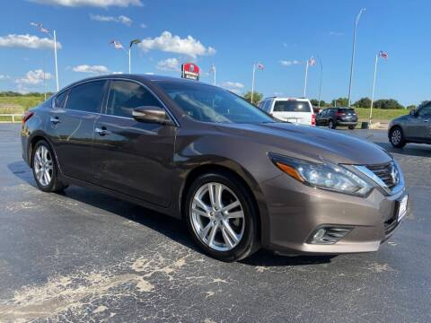 2017 Nissan Altima for sale at Browning's Reliable Cars & Trucks in Wichita Falls TX