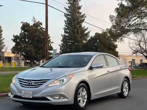 2013 Hyundai Sonata for sale at AutoAffari LLC in Sacramento CA