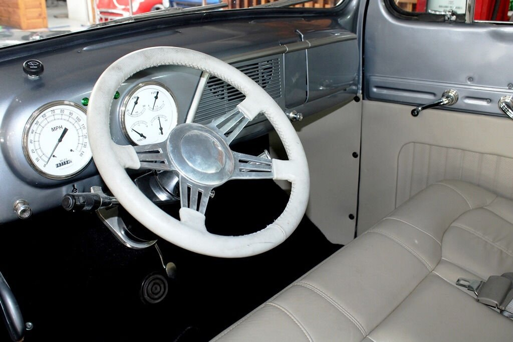 1951 Ford F-100 22