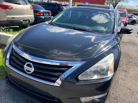 2015 Nissan Altima for sale at The Peoples Car Company in Jacksonville FL