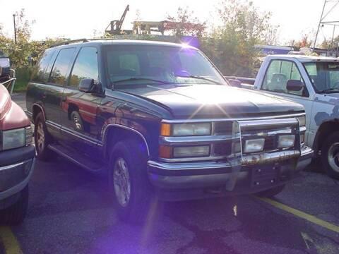 1997 Chevrolet Tahoe for sale at VOA Auto Sales in Pontiac MI