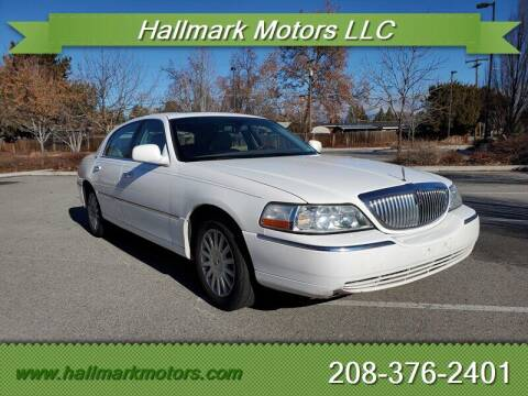 2005 Lincoln Town Car for sale at HALLMARK MOTORS LLC in Boise ID