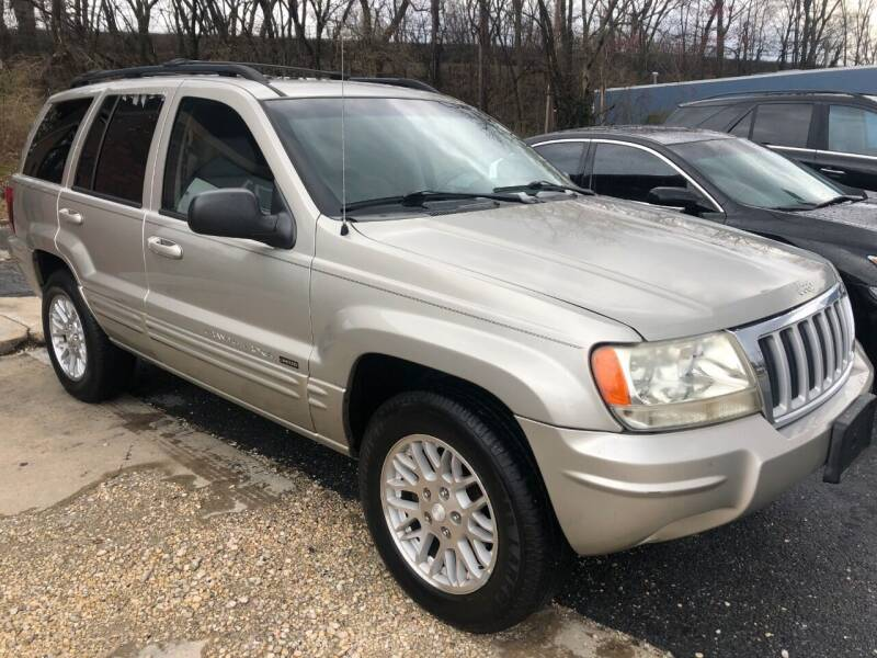 2004 Jeep Grand Cherokee for sale at Godwin Motors in Laurel MD