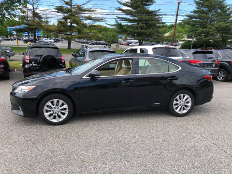 2013 Lexus ES 300h for sale at Matrone and Son Auto in Tallman NY