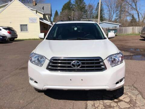 2009 Toyota Highlander for sale at WB Auto Sales LLC in Barnum MN