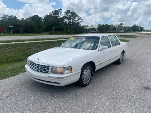 1999 Cadillac DeVille for sale at EXECUTIVE CAR SALES LLC in North Fort Myers FL