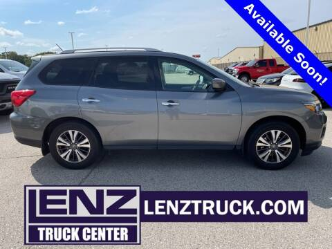 2017 Nissan Pathfinder for sale at LENZ TRUCK CENTER in Fond Du Lac WI