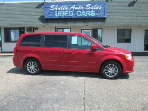 2013 Dodge Grand Caravan for sale at SHULTS AUTO SALES INC. in Crystal Lake IL