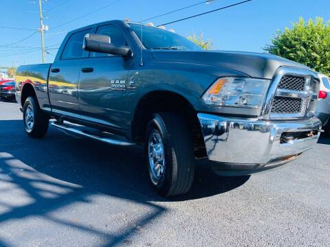 2013 RAM Ram Pickup 3500 for sale at North Georgia Auto Brokers in Snellville GA