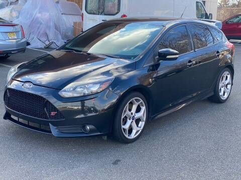 2013 Ford Focus for sale at MAGIC AUTO SALES in Little Ferry NJ