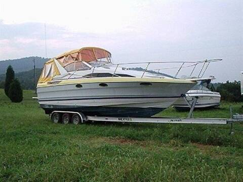 1989 Bayliner AVANTI for sale at East Coast Auto Source Inc. in Bedford VA