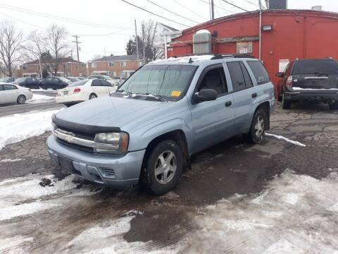 2006 Chevrolet TrailBlazer for sale at Flag Motors in Columbus OH