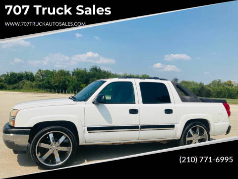 2005 Chevrolet Avalanche for sale at 707 Truck Sales in San Antonio TX