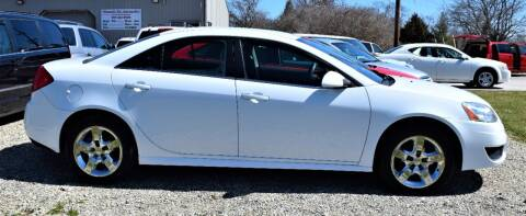 2010 Pontiac G6 for sale at PINNACLE ROAD AUTOMOTIVE LLC in Moraine OH