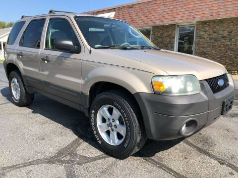 2007 Ford Escape for sale at Approved Motors in Dillonvale OH